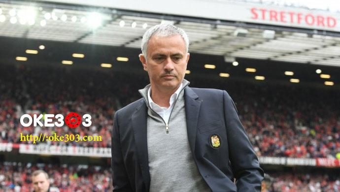Mourinho Perlu 3 Tahun untuk Sukses di MU