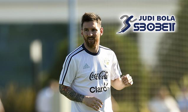 Lionel Messi Beri Pujian Untuk Cristiano Ronaldo