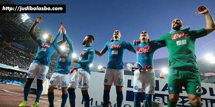 Inter-Milan-Tumbang,-Napoli-pun-Senang