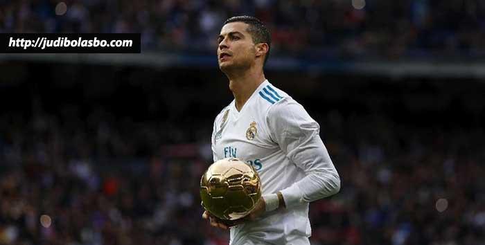 Zidane-Minta-Madrid-untuk-Pertahankan-Ronaldo-Hingga-Pensiun