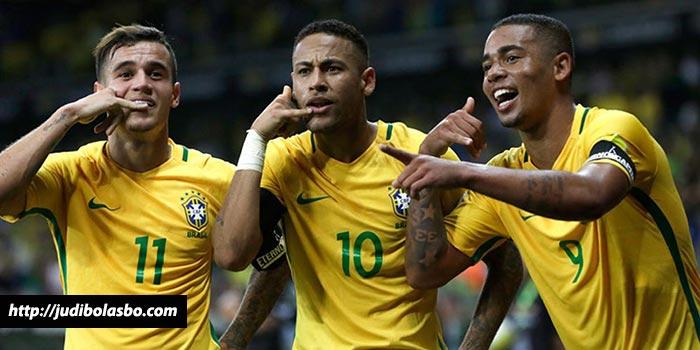 Level-Coutinho-Diklaim-Sudah-Setara-Dengan-Level-Neymar