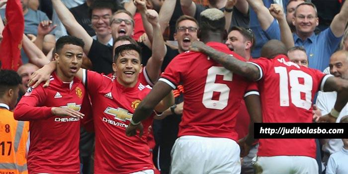 Manchester United Belajar Konsisten Usai Man City Raih Juara