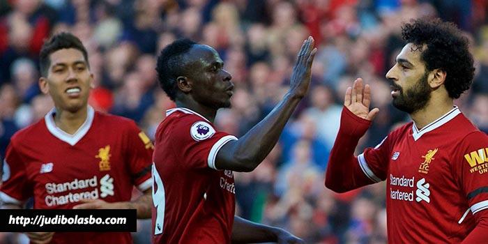 Salah Merasa Bangga Bermain Dengan Mane dan Firmino di Liverpool