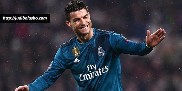 Ronaldo Merasa Keberatan Disamakan Dengan Mo Salah