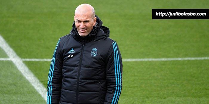 Zidane Tidak Menyesal Setelah Kalah dari Sevilla