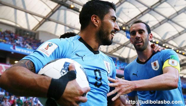 uruguay vs arab saudi skor 1-0, uruguay lolos 16 besar - agen bola piala dunia 2018